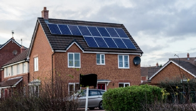 UK Government's Smart Export Guarantee to stabilise small-scale renewables market